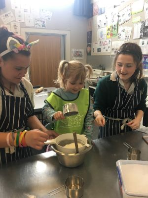 WalesSt -kindy-baking